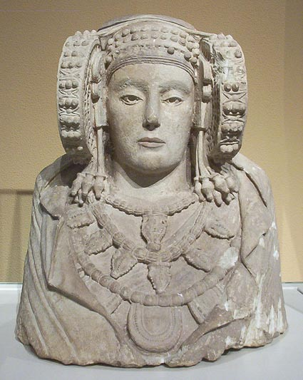 The stunning yet mysterious Lady of Elche